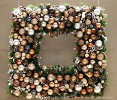 Holiday Decorating Inside and Outside - http://thedecoratingdiva.com/holiday-decorating-inside-and-outside/