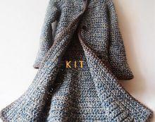 Crochet Patterns Coat AlpaKAbát would - SAShE.sk - Handmade Sweaters / Pullovers--no pattern Crochet Coat, Crochet Jacket, Crochet Cardigan, Crochet Clothes, Chunky Crochet, Chunky Yarn, Knitting Patterns Free, Crochet Patterns, Coat Patterns