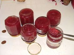Marmellata di cipolle rose e mela (onion and Apple marmalade)