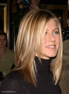 31 Trendy Ideas For Hair Cuts Shoulder Length Layers Jennifer Aniston Medium Hair Cuts, Medium Hair Styles, Curly Hair Styles, Haircut Medium, Haircut Bob, Medium Straight Hairstyles, Haircut Styles, Jennifer Aniston Hair Color, Jennifer Aniston Hairstyles