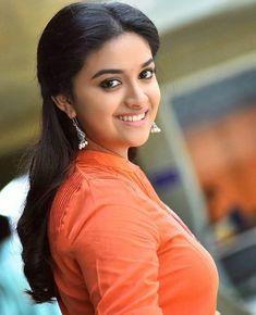 Keerthi Suresh Photos: Hot & Sexy Pics of Telugu actress Beautiful Girl Indian, Most Beautiful Indian Actress, Beautiful Actresses, Simply Beautiful, South Actress, South Indian Actress, Indian Film Actress, Indian Actresses, Girl Pictures