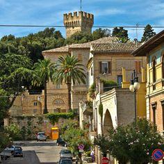 Porto San Giorgio, veduta del centro storico.