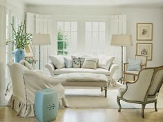 Shannon Bowers design blue and white living room featured on ifitweremine.blogspot.com