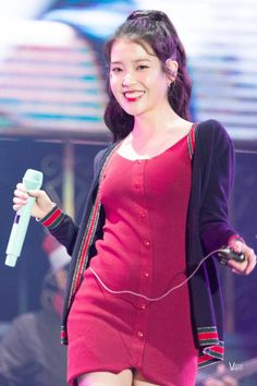 K-Pop Babe Pics – Photos of every single female singer in Korean Pop Music (K-Pop) Korean Celebrities, Beautiful Celebrities, Celebs, Iu Fashion, Korean Fashion, Lisa, Female Singers, Beautiful Asian Girls, Queen