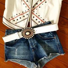 Faixa em couro branco + fivela ref FI128. Faça sua combinação www.cintosexclusivos.com.br