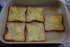 ΜΑΓΕΙΡΙΚΗ ΚΑΙ ΣΥΝΤΑΓΕΣ: -Λαχταριστές τραγανές φέτες τόστ σαν πίτσα !!! Greek Recipes, Banana Bread, French Toast, Cheese, Snacks, Cooking, Breakfast, Desserts, Anna