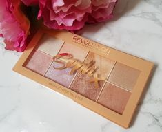 Last week SophDoesNails released her beautiful eyeshadow and highlighter palettes as part of her collaboration with Makeup Revolution. This morning I received the highlighter pa…