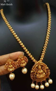 Jewellery Stores In New Jersey Gold Necklace Set For Wedding With Price! Gold Wedding Jewelry, Bridal Jewelry, Gold Jewelry, Gold Necklace, Necklace Set, Diamond Jewelry, Pendant Jewelry, Gold Earrings, Jewelry Sets