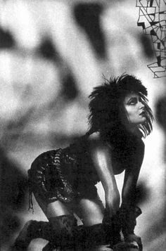 Siouxsie Sioux S)
