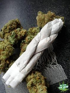 How to Roll a 'Triple Cross Joint'