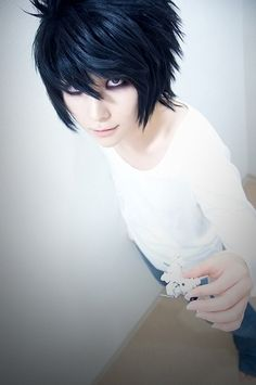 Death Note's L cosplay