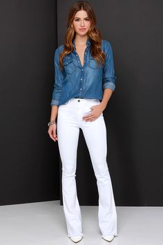 The Bright Side of the Road White Flare Jeans is constructed by bright white denim that drapes into flared pant legs with raw hems below a waistline with handy belt loops. White Jeans Outfit, White Pants, White Denim, White Bootcut Jeans, White Shoes, Jean Outfits, Casual Outfits, Fashion Outfits, Look Camisa Jeans