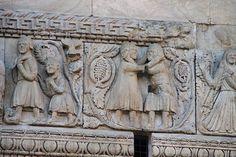 Catedral de Fidenza,relieve romanico.  Italia