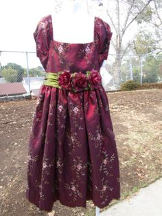 7c76c2df6104 CRAYON-KIDS-Christmas-dress-red-embroidered-flowers-3flower-belt-tie-sz7-8 -NWOT