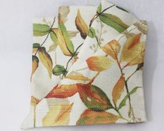 "Croft & Barrow Fall Collection ""Autumn Leaves"" Cloth Napkins-4 Pack Croft & Barrow http://www.amazon.com/dp/B00F6EFAH8/ref=cm_sw_r_pi_dp_thmeub1TNHYPF"