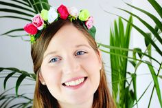 Flower crown kit to make your own crown! This is an easy and fun DIY kit for your bachelorette party or DIY Wedding Kits. Kids will love this! Its a great afternoon activity for kids crafts, and will also be beautiful for a flower girl :)  You can make a kids flower crown or give this flower crown DIY kit as a DIY gift!  If you like craft kit, you will love this flower crown kit! You will have all the craft supplies you need, including Instructions and a video tutorial at my YouTube channel…