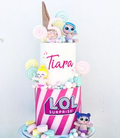 Torta de 2 pisos Lol Surprise Cake, Lol, Christmas Ornaments, Holiday Decor, Children, 2nd Floor, Flats, Cakes With Fondant, Young Children
