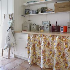 Wohnideen Country decorating with country colours shabby room and laundry