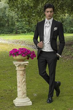 ONGala 1067 - Short-Tailed Wedding Suits in Black Acetate and Wool Blend