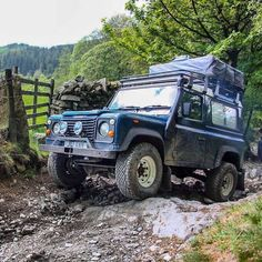 Great shot of Falks by . 'she's certainly had a bit done to her since last year Fred' Defender Td5, Land Rover Defender, Automotive Photography, Car Photography, Adventure 4x4, Great Shots, Car Pictures, Offroad, Classic Cars