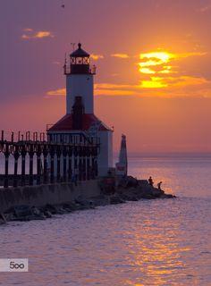#MichiganLake #MichiganCity #lighthouse by Grace Ray on 500px