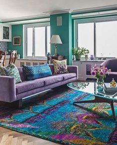 New Living Room Carpet Colors Shades Interior Design Ideas Sofa Living, Living Room Carpet, Rugs In Living Room, Living Room Designs, Room Rugs, Living Room Decor Purple, Colourful Living Room, Decor Room, Apartment Interior Design