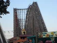 The incredible El Toro, my all-time favourite wooden coaster, at Six Flags Great Adventure, New Jersey