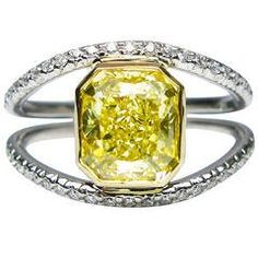 Fancy Yellow Radiant Diamond Gold Ring