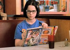 Can We Guess How Popular You Were In School>>>>I got proud weirdo Ghost World Movie, Cheer Captain, Movie Producers, Online Quizzes, Summer Aesthetic, Great Videos, Business Design, Surface Design, Movie Tv