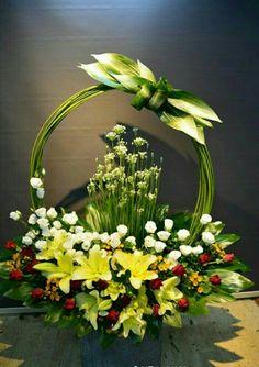 The Undermined Importance of Flowers - Send Flowers Online Tropical Flower Arrangements, Modern Floral Arrangements, Flower Arrangement Designs, Funeral Flower Arrangements, Beautiful Flower Arrangements, Unique Flowers, Beautiful Flowers, Altar Flowers, Church Flowers