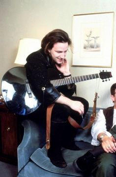 U2start.com   Photos   Bono with a guitar