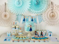 Fiestas infantiles de Frozen  http://www.pequeocio.com/fiestas-infantiles-kit-frozen-imprimir-gratis/