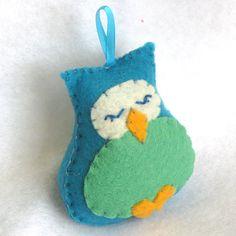 Handmade Felt Owl Ornament    http://www.etsy.com/listing/84357849/turquoise-felt-owl-ornament-2011-holiday