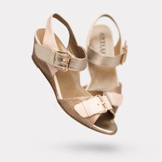 Is it gorgeous enough to overcome my detestation of wedges?