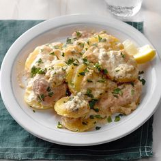 Slow Cooker German Schnitzel and Potatoes with Gorgonzola Cream Recipe Pork Recipes, Slow Cooker Recipes, Crockpot Recipes, Cooking Recipes, Diner Recipes, Potato Recipes, Yummy Recipes, German Schnitzel, Pork Schnitzel