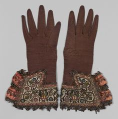 Pair of gloves circa 1620 leather and satin worked with silk and metallic threads - Metropolitan Museum of Art