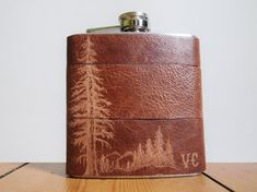 Mountain Man Leather Flask - Personalized initials, Red Wood Tree - brown leather, wedding hip flasks on Etsy, Sold Wedding Hip Flasks, Wedding Favors, Wedding Ideas, Leather Men, Brown Leather, Crea Cuir, Wood Tree, Mountain Man, Hand Engraving