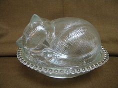 Indiana Glass cat in basket candy dish