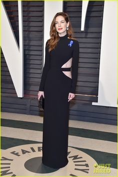 Michelle Monaghan Cutout Dress - Michelle Monaghan went the edgy route in a long-sleeve black cutout gown by Brandon Maxwell at the Vanity Fair Oscar party. Gladiator 2000, Regina King, Jodie Foster, Anthony Hopkins, Claudia Schiffer, Carrie Fisher, Golden Globe Award, High Society, Meryl Streep