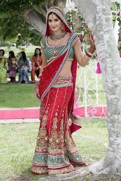 Katrina-Kaif-In-Red-Green-Bridel-Dress.jpg (683×1024)
