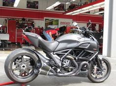 An all carbon fiber Ducati Diavel Carbon. Carbon pipes, carbon accessories, and carbon wheels!