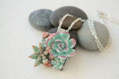 Blue Green Pink Succulent Necklace Pendant Wholesale Metal Basis Medallion Pendant Jewelry Succulent Wedding Bridal Birthday Accessory Gifts
