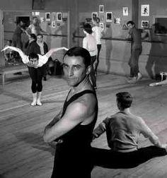 Maurice Béjart répète 1960 |¤ Robert Doisneau | 14 mai 2016 | Atelier Robert Doisneau | Site officiel