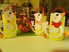 Easter Crafts, Martini, Diy And Crafts, Jar, Blog, Animals, Canisters, Fiestas, Painted Pebbles