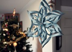 how-to star/snowflake…if my daughter can make this, so can I! Christmas Star, Christmas Holidays, Christmas Crafts, Christmas Decorations, Cute Crafts, Crafts For Kids, Diy Paper, Paper Crafts, Winter Party Themes