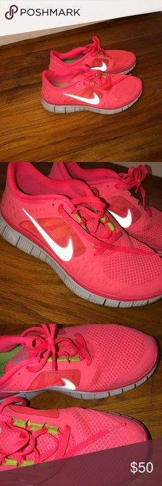 Shop Women's size Sneakers at a discounted price at Poshmark. Running Shoes Nike, Boat Shoes, Nike Free, Shoes Sneakers, Best Deals, Closet, Things To Sell, Style, Fashion