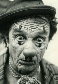 Frédéric JEAN, photographe Es Der Clown, Le Clown, Clown Faces, Freaky Clowns, Evil Clowns, Circus Art, Circus Clown, Pierrot Clown, Vintage Clown