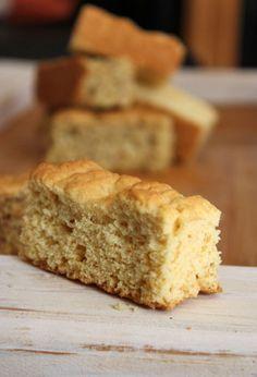 WINTER: Beskuit en boeretroos « jouwêreld e-tydskrif Buttermilk Rusks, Rusk Recipe, Snack Recipes, Dessert Recipes, Bread Recipes, Dessert Ideas, Desserts, Hard Bread, Healthy Breakfast Snacks