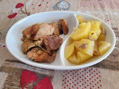 Reteta culinara Carne de porc cu rozmarin si cartofi la slow cooker Crock-Pot din categoria Slow Cooker. Specific Romania. Cum sa faci Carne de porc cu rozmarin si cartofi la slow cooker Crock-Pot Crockpot, Slow Cooker, Chicken, Meat, Food, Essen, Crock Pot, Crock Pot, Crock
