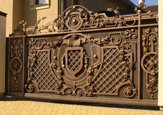 Design and manufacturing of for ged visors that are custom made to order by master blacksmiths. Any style and complexity: from design to installation. Grill Gate Design, House Main Gates Design, Iron Gate Design, Wooden Door Design, Wooden Doors, Iron Stair Railing, Railings, Gate Designs Modern, Brick Fence